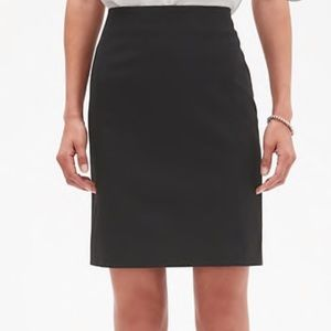 Banana Republic Women's Black Pencil Skirt